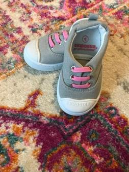 SKIDDERS GIRL'S GREY WITH PINK LACES SLIP-ON SHOES~SIZE 4 TO