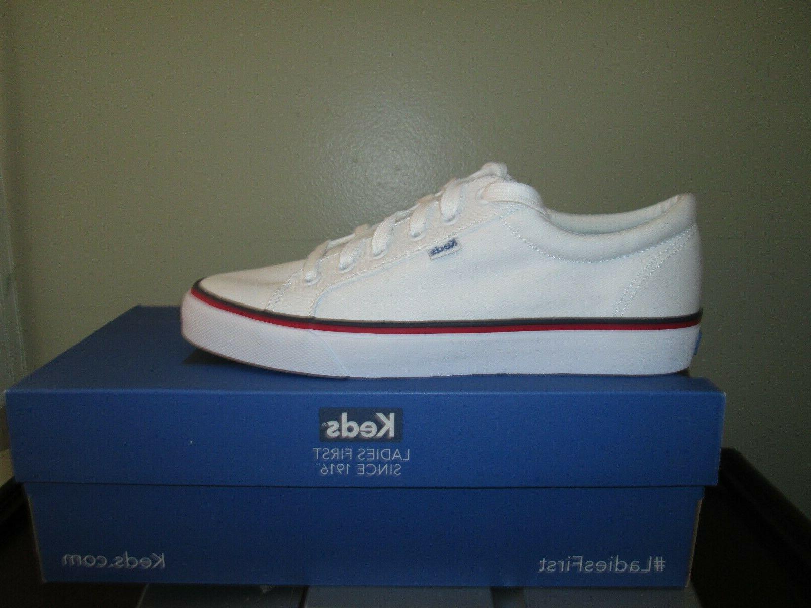 White Sneakers M