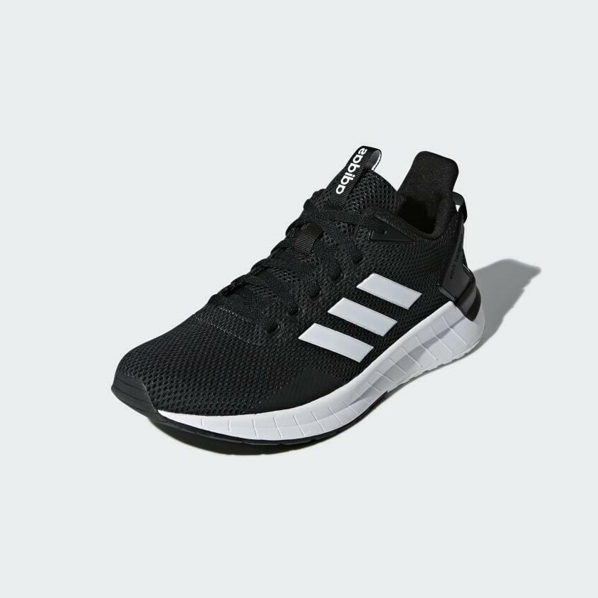 adidas Questar Ride DB1346, Shoe Sneaker NIB Black / White