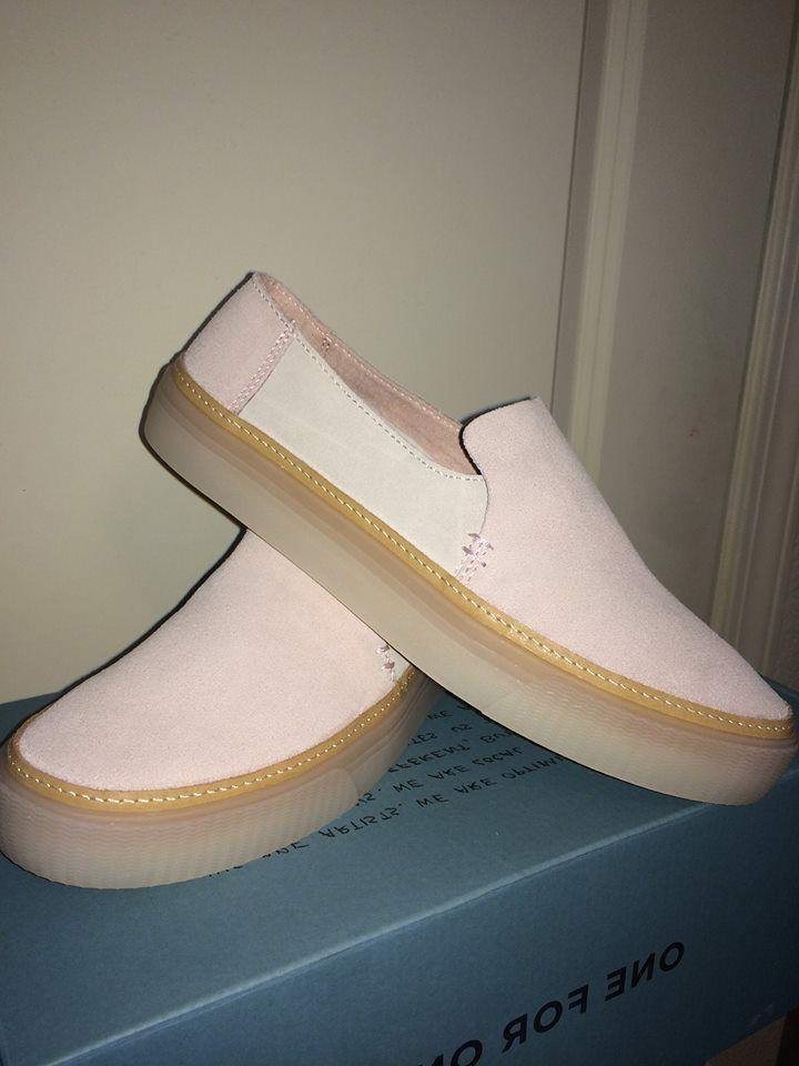 new in box suede sunset slip on