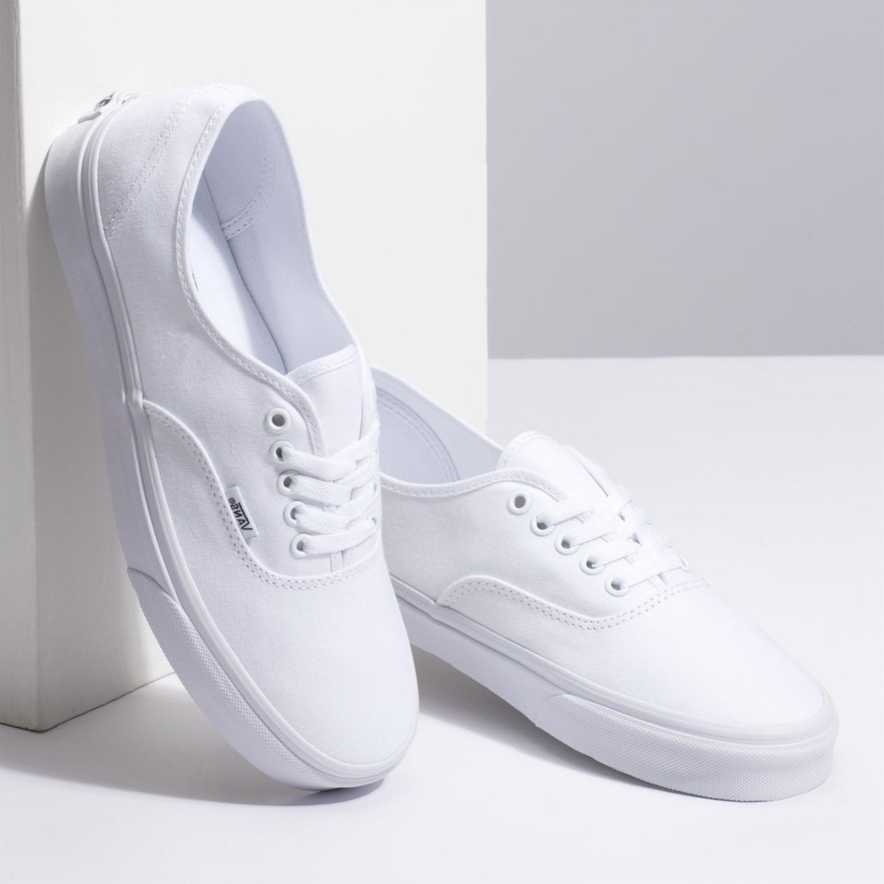 New & White Era Canvas Shoes