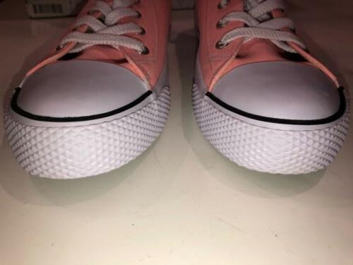 New Airwalk Woman's Classic Sneakers Tennis Shoes Size 10 Pop Of Pink