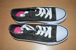 New Girls Youth Black Low Top Sneakers Shoes Size 3