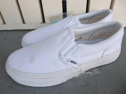 NWT VANS BOYS/KIDS CLASSIC SLIP ON SNEAKERS/SHOES SIZE 1.BRA