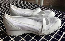 PERFECT WHITE MARY JANE SKECHERS SNEAKER SHOE BRAND NEW MESH