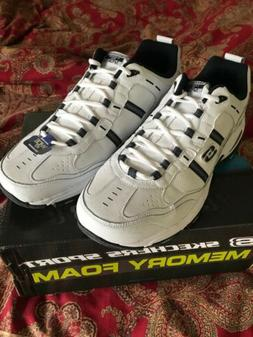 Sketchers men's size 15  Wide white sneaker new with box