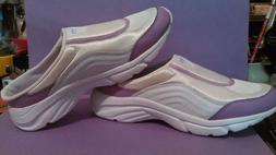 Curves for Women Sneaker Slide  Easy on/off.Size 8.5  White