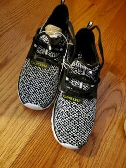 Champion speedknit Sneakers new size 8.5 in black and white