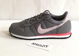 Women Nike Genicco Old School Athletic Sneaker shoes Cortez
