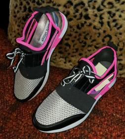 WOMEN'S 6.5 STEVE MADDEN ARCTIC Pink SILVER Metallic Black M