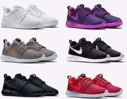 NIKE Women's NIKE ROSHE SHOES LIFESTYLE lightweight sneakers