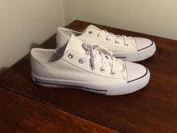NWOB Airwalk  Womens  9M  Legacee White Canvas Lace-Up Sneak